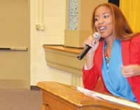 Actress speaks at Carver