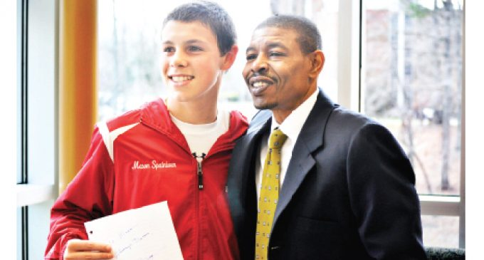 Bogues scores with  winning message