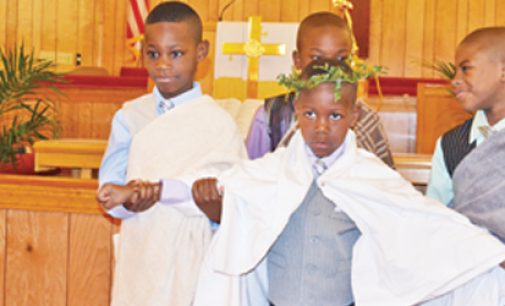 Kids bring Easter to life at historic church