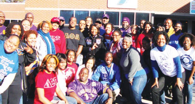 Pan-Hellenic Council busy giving back during holiday season