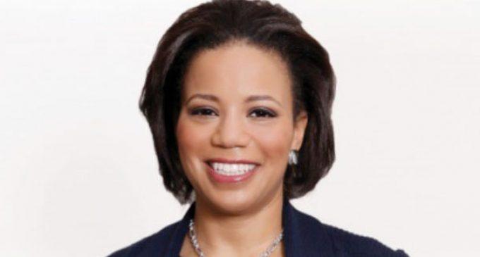 Wells Fargo Promotes Yvette Hollingsworth