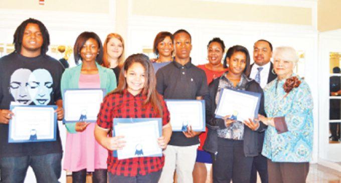 Hayes essays earn kids praise from WSBA
