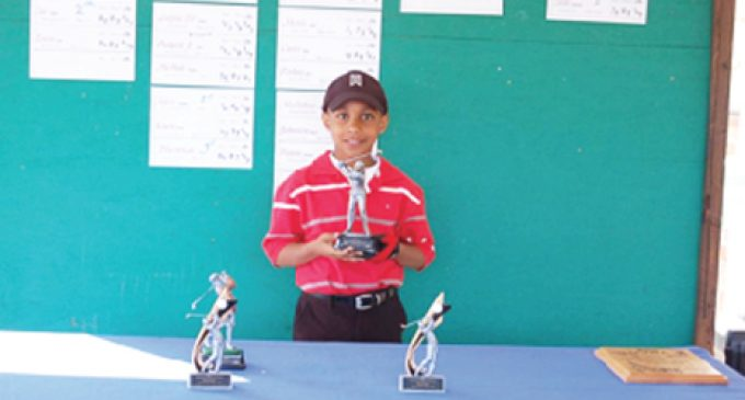 Younger golfer wins his division