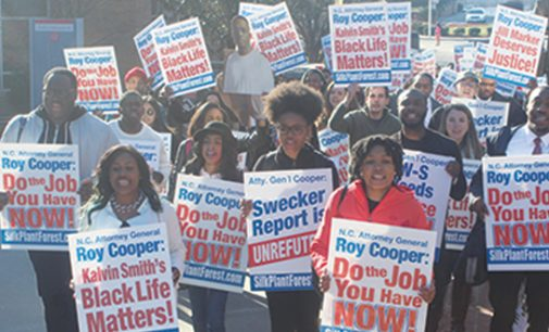 Students urge Cooper to free Kalvin Michael Smith