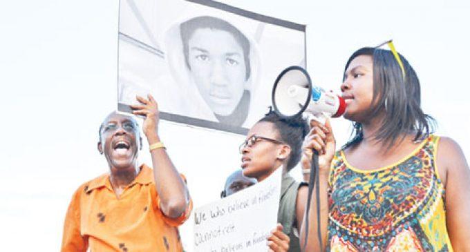 Large crowd denounces Trayvon verdict