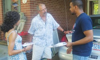 Democrats prepare voters for Election Day