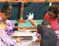 Three local churches unite for Thanksgiving service