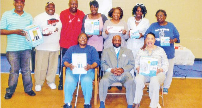 Recreation center honors mothers
