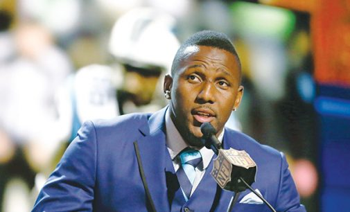 Carolina Panthers' Thomas Davis to speak at An Evening of Magic