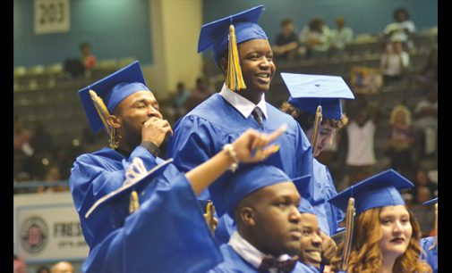 Alumna to grads: Fight through struggles