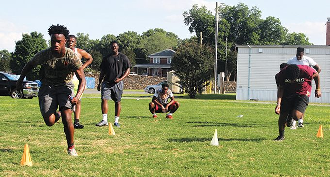Trainer looks to give kids a leg up for next season