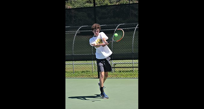Instructor aims to bring tennis to wider audience