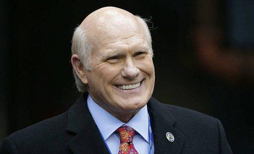 Winston-Salem man inspires Hall of Fame quarterback to advocate on behalf of ALS