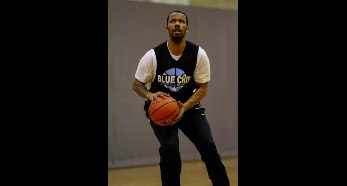 Semi-pro basketball team holds open tryouts