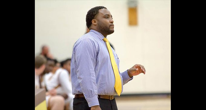 Yellowjackets' new coach has a familiar face