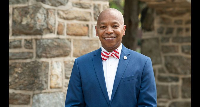 Chancellor Elwood L. Robinson to be inducted into the National Black College Alumni Hall of Fame